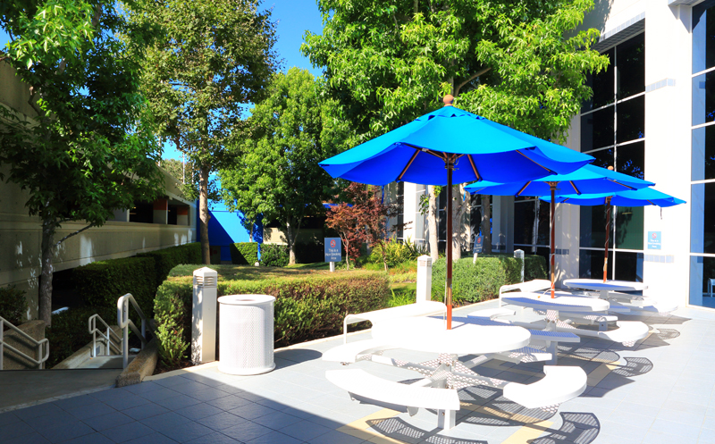 newport beach surgery center outdoor tables